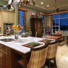 Traditional Kitchen by Weiss Design Group, Inc.