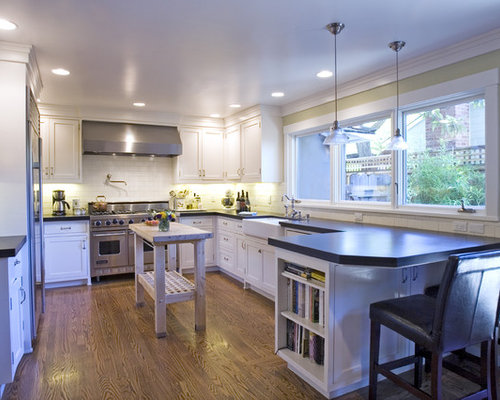 best traditional country kitchens design ideas remodel pictures houzz. Black Bedroom Furniture Sets. Home Design Ideas