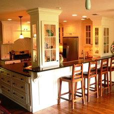 craftsman kitchen by JOHN DANCEY Custom Designing/Remodeling/Building