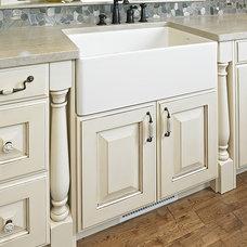 Traditional Kitchen by Cucina Bella Ltd. - Rebecca Gagne CKD