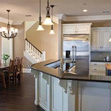 Traditional Kitchen by Wynn & Associates