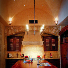 Traditional Kitchen by Milk and Honey Design