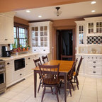 Beach Residence - Traditional - Kitchen - Jacksonville - by Studio M Interior Design, Inc.