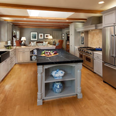 Traditional Kitchen by Projects by Giffin & Crane