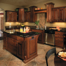 Traditional Kitchen by Today's StarMark Custom Cabinetry & Furniture