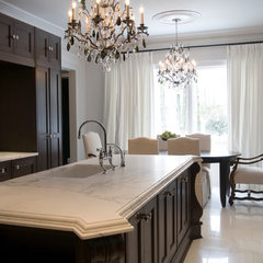 traditional kitchen by Toronto Interior Design Group | Yanic Simard
