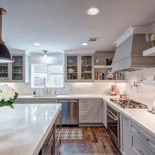 Gray/white kitchen