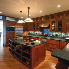 traditional kitchen by Steve Bailey - Amish Custom Kitchens