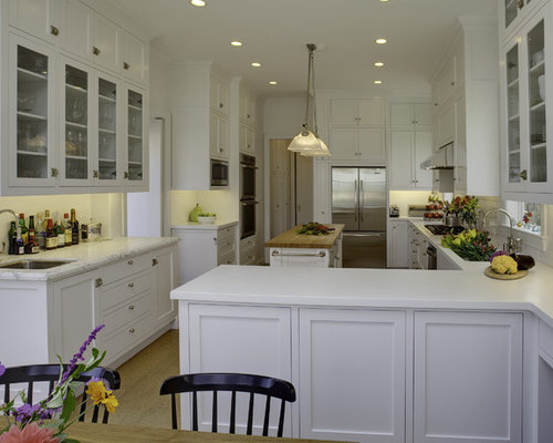 Elegant U Shaped Eat In Kitchen Photo In San Francisco With Glass Front