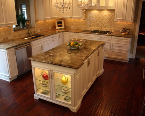 Custom kitchen island houzz for Custom kitchen islands