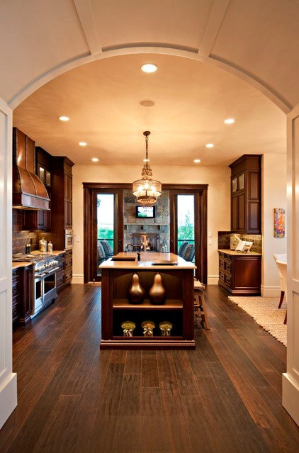 Traditional Kitchen by Astoria Homes Ltd.