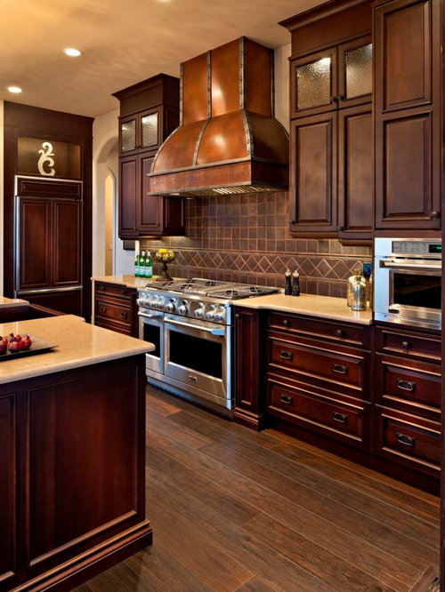 Traditional calgary kitchen design ideas remodel for Kitchen designs calgary