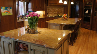 Traditional Kitchen - Brookfield, WI