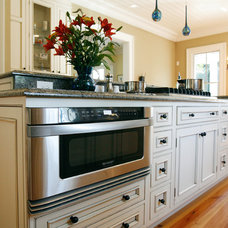Traditional Kitchen Cabinets by StyleCraft Cabinets