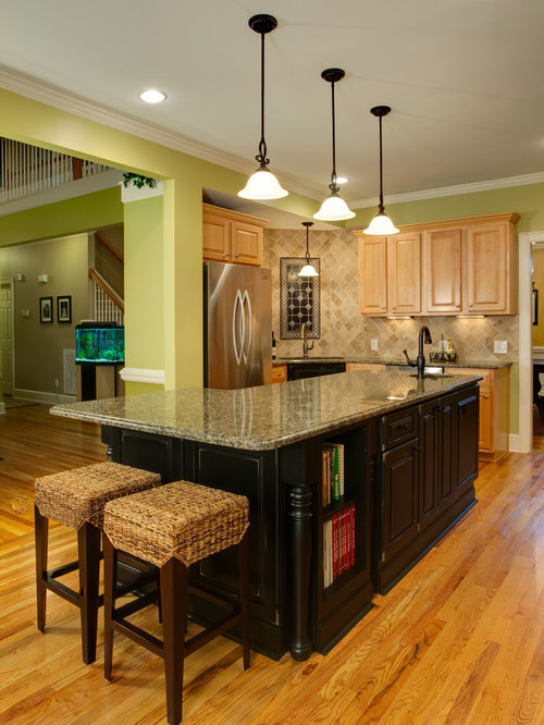 Example Of A Small Classic U Shaped Medium Tone Wood Floor Eat In Kitchen