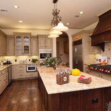 Traditional Kitchen by Cason Graye Homes
