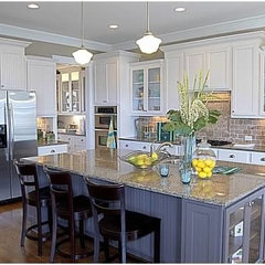 traditional kitchen by Color Fresh Home Designs