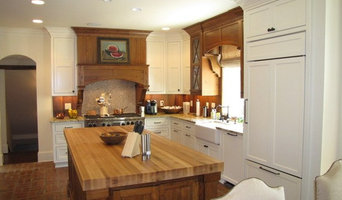 Traditional Kitchen - Custom Cabinets