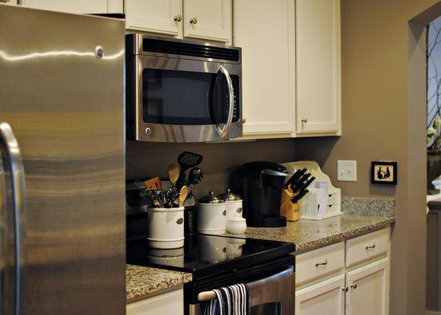 Williamsburg Colonial Kitchen Cabinet Hardware