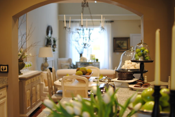 Traditional Kitchen by Dear Lillie
