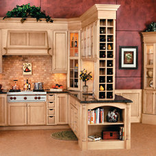 Traditional Kitchen by Kitchens by Wedgewood
