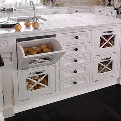 Beau Lemoyne, PA. White Kitchens