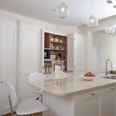 Traditional Kitchen by Dickinson Woodworks