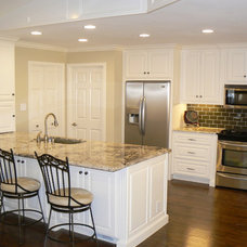 Traditional Kitchen It's Great To Be Home - Open Kitchen & Breakfast Room