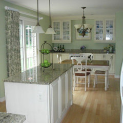 traditional kitchen by Tracy Garfield Interiors