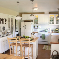 Painted Cottage Kitchen