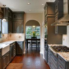 Farmhouse Kitchen by Jason Ball Interiors, LLC