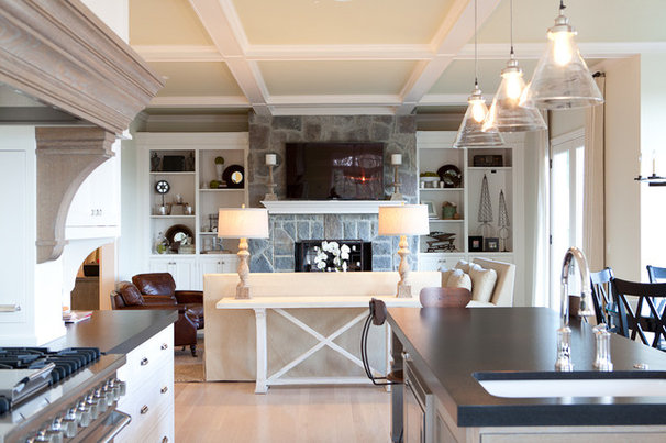 Traditional Kitchen by Jenny Baines, Jennifer Baines Interiors