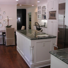 Traditional Kitchen by Kelly Darling Spadoni - Darling Interiors