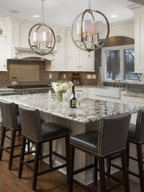 Kitchen   Traditional L Shaped Dark Wood Floor Kitchen Idea In Columbus  With A Farmhouse