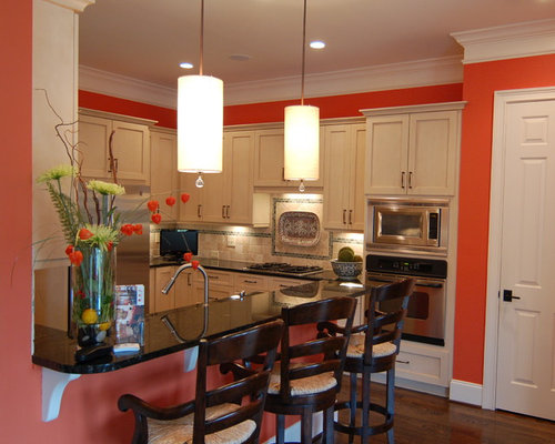 Best faux finish cabinets design ideas remodel pictures for Windowless kitchen ideas