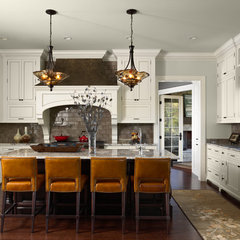 traditional kitchen by Murphy & Co. Design