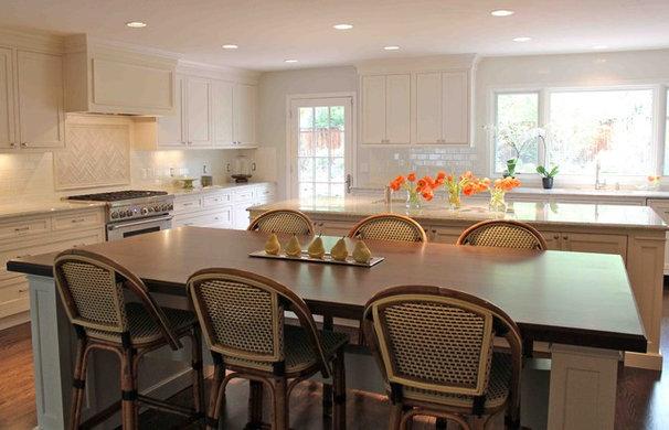 Traditional Kitchen by Nadia Watts Interior Design