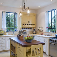 mediterranean kitchen by NURIT GEFFEN-BATIM STUDIO