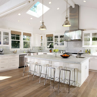 Kitchen - traditional kitchen idea in San Francisco with shaker cabinets and stainless steel appliances