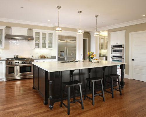 Contrasting Kitchen Island | Houzz