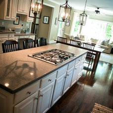 Traditional Kitchen by Rachel Greathouse