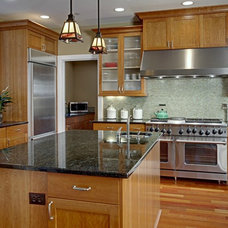 Traditional Kitchen by Rainier Custom Homes