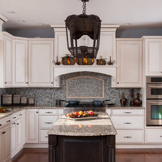 Traditional Kitchen by CANAAN CABINETRY INC