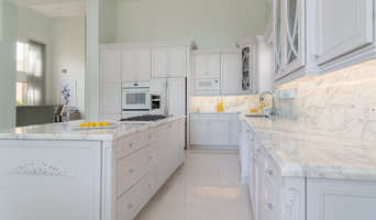 Traditional Kitchen Remodel (Miami, FL)