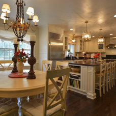 Traditional Kitchen by One Room at a Time, Inc.