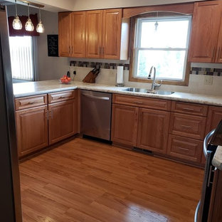 Traditional Kitchen Remodel with New Oak Cabinets