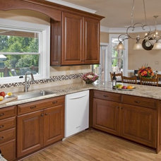 Traditional Kitchen by Let's Face It