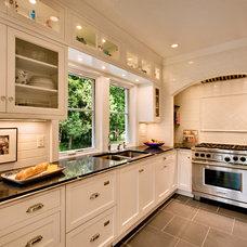 Traditional Kitchen by Sazama Design Build Remodel