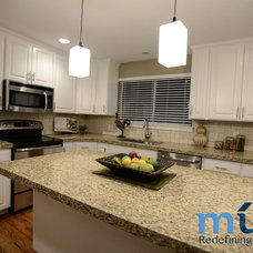 Traditional Kitchen by Muve Real Estate