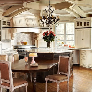 Octagon Kitchen Island Eat In Traditional Idea Charlotte With An Undermount